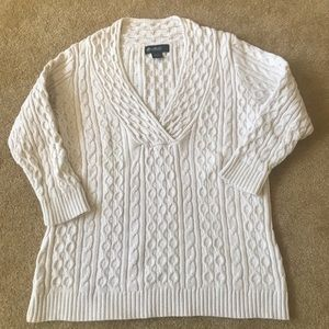 Eddie Bauer cable V-neck sweater